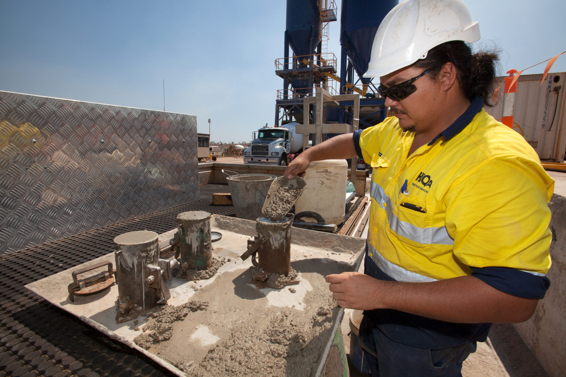 HiQa testing cement at a concrete batching plant in darwin